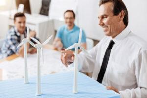 Projektmanagement-Team bespricht Projekt